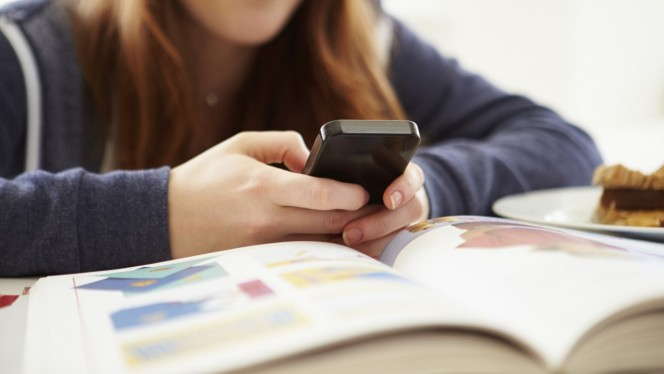 student-smartfon