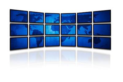 ¡Muchos monitores!