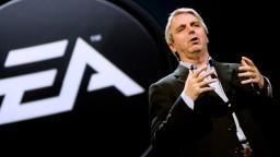 El director de EA, creadora de FIFA 14, dimite y acepta sus errores