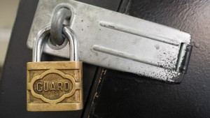 Security researchers find critical flaws in web-based password managers