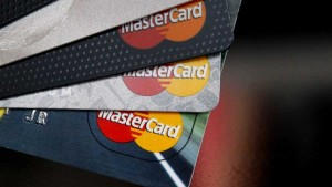 MasterCard to accept selfies as form of ID confirmation