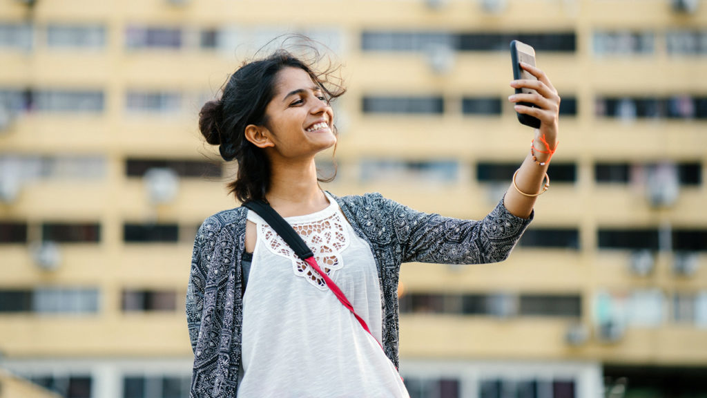 5 tips for taking the best selfies