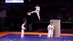 You deserve these 2 minutes of insane martial arts