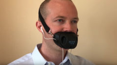 Hold private phone conversations in public with this dumb invention
