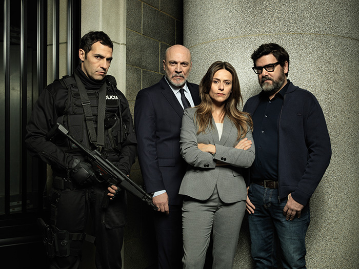 Netflix Money Heist police