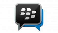 Update di BBM: sticker, allegati più grandi e foto per i gruppi