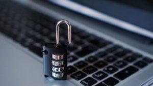 Come crittografare il tuo traffico internet