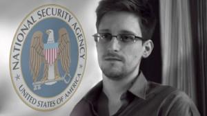 Edward Snowden beantwoordt vragen over NSA-klokkenluidersaffaire