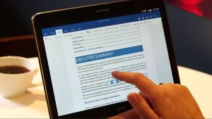 Microsoft Office Mobile für Android mit Dropbox-Integration zum Öffnen und Bearbeiten von Dokumenten