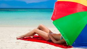 Aplikacje na wakacje – czyli jak zorganizować sobie tani i ciekawy urlop przez internet