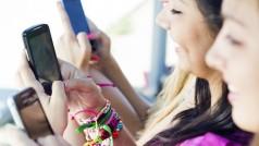 Moda na Snapchat się rozprzestrzenia, Instagram i Twitter naśladują swojego rywala