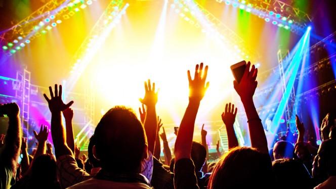 Nie przegap żadnego koncertu! Śledź ulubione zespoły dzięki aplikacjom