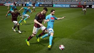 Zestawienie gameplay PES 2015 oraz FIFA 15 na jednym, fanowskim wideo