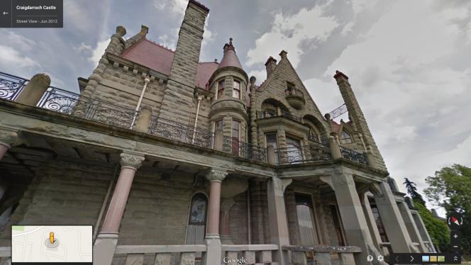 Craigdarroch Castle w Google Street View