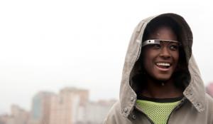 Las aplicaciones oficiales de Twitter y Facebook  llegan a Google Glass
