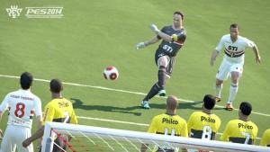 PES 2014 muestra 2 imágenes nuevas con Ronaldinho