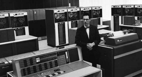 C'est à Fernando Corbató que l'on attribue l'invention des mots de passe informatiques