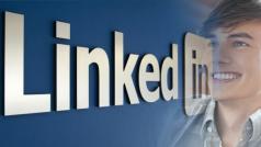 LinkedIn quiere que los adolescentes empiecen a preparar su currículo