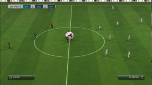Youtuber mangelrogel descubre bug divertido en FIFA 14: jugar sin balón