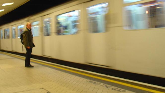 Cómo aprovechar tu tiempo en el tren, metro o autobús