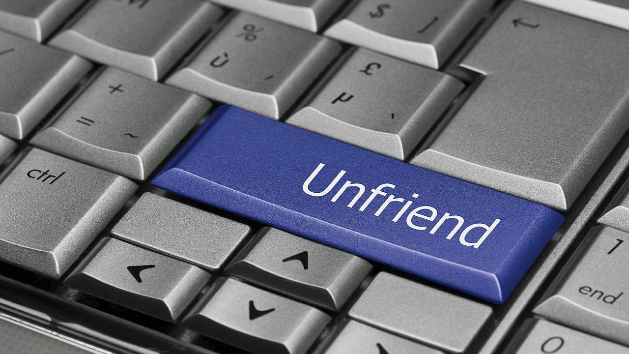 11 razones para borrar a un amigo de tu Facebook