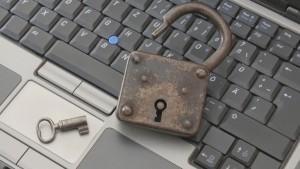 Claves WiFi: cómo se obtienen y cómo protegerse de ello