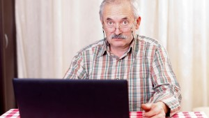 12 expresiones informáticas que tus padres no entienden, y lo que creen que son