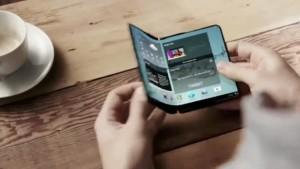Samsung Galaxy S7, ¿primer teléfono con pantalla que se dobla por la mitad?