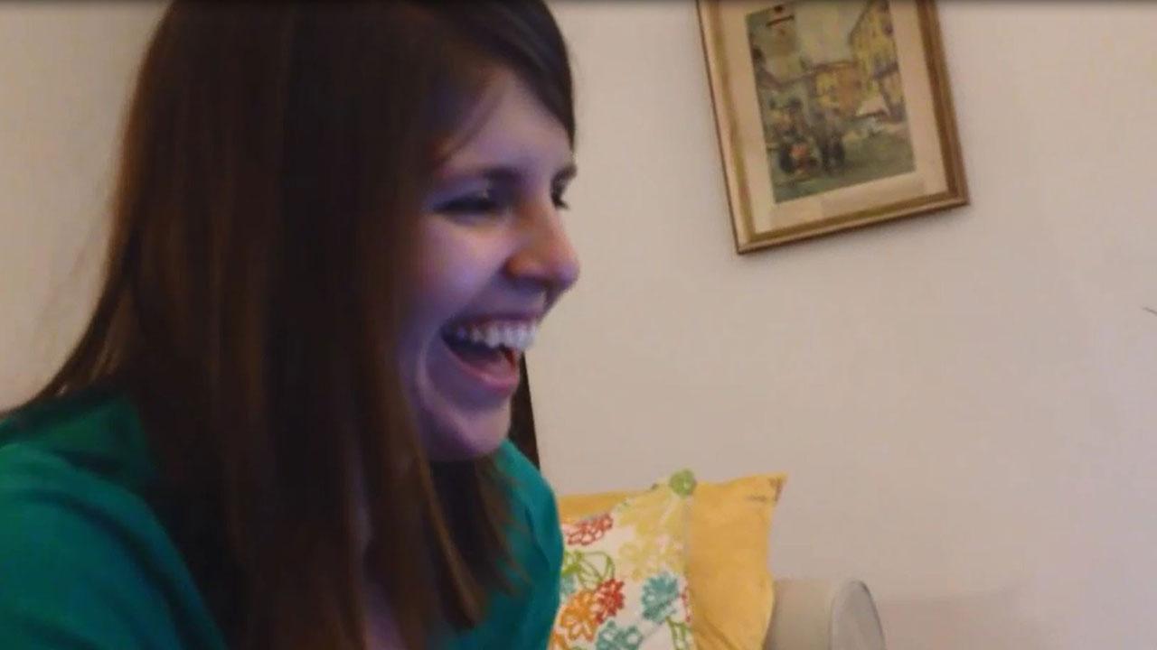 Un gamer crea un juego para declararse a su novia: este es el vídeo de su respuesta