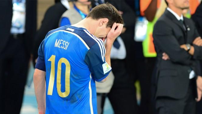 Cada vez que veo este vídeo de FIFA 16, pierdo mi fe en la humanidad