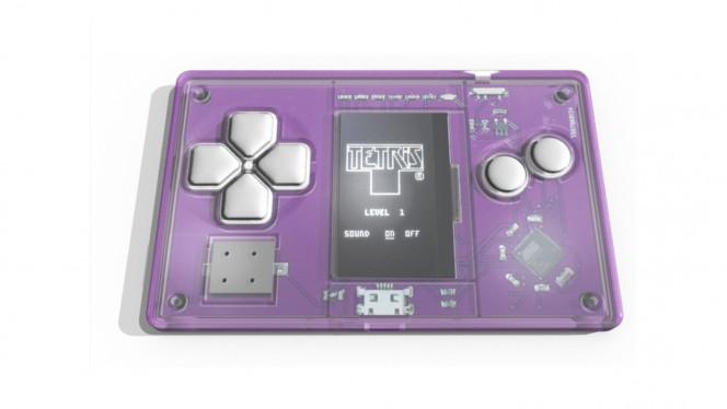 Juega a Tetris con la consola más pequeña del mundo
