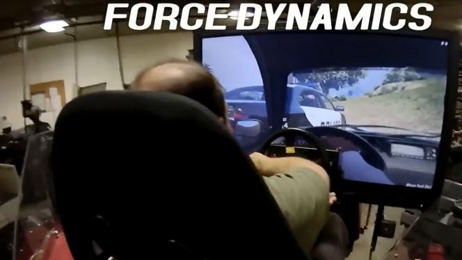 Juegan a GTA 5 en un simulador de alta tecnología que cuesta 100.000 dólares