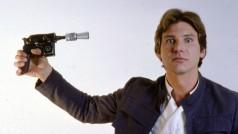 Harrison Ford desnuda y rompe una pierna a Han Solo en una entrevista sobre Star Wars: The Force Awakens