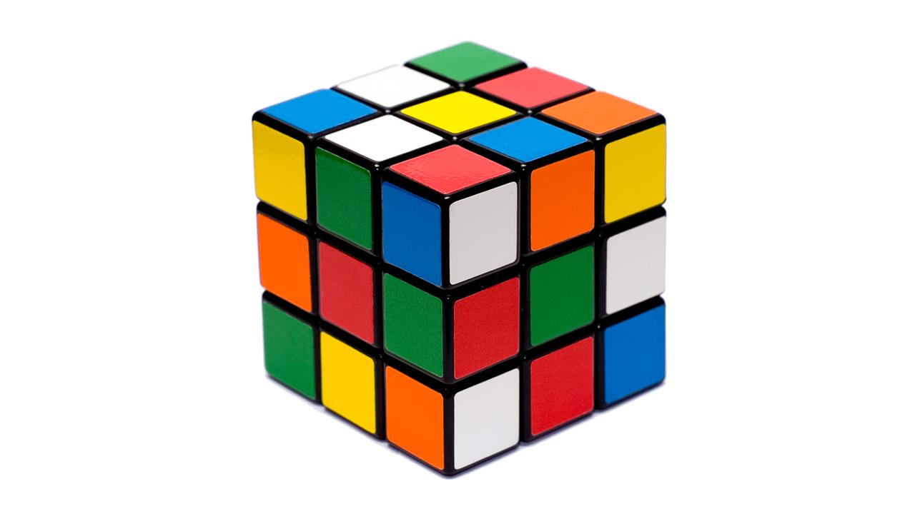 Mira a este robot resolver un cubo de Rubik en poco más de un segundo