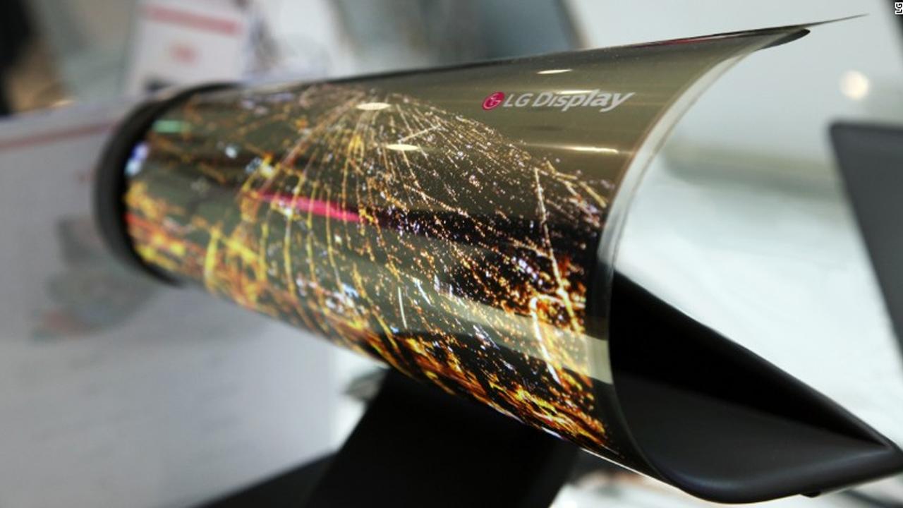 Así serán los televisores del futuro: LG presenta la pantalla que se enrolla como un periódico