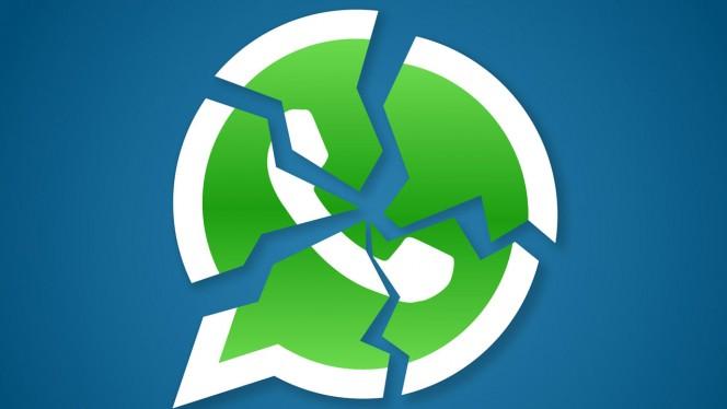La Policía avisa: ¡Cuidado si has recibido ESTO por WhatsApp o por Facebook!