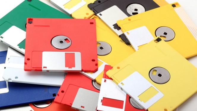 ¿Creías que los disquetes eran una tecnología muerta? Espera a ver esta genialidad
