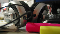 Ponte los auriculares: +10 horas de música para trabajar súper tranquilo