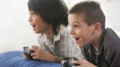 Un niño de 7 años asegura que su colegio le obliga a jugar a videojuegos toda la noche