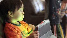 Por qué los niños no deberían usar smartphones y tablets antes de los 12 años de edad