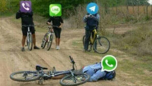 ¡WhatsApp ha caído!: los mejores memes sobre el drama del mes