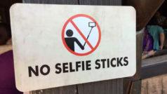 ¿Te imaginas un mundo sin selfies o Facebook? Para estos soldados, se acabaron los selfies