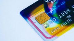Nueva tarjeta bancaria con un chip de móvil