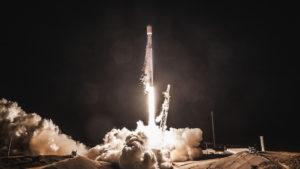Internet para todo el planeta a través de una constelación de satélites: Elon Musk pone en marcha Starlink