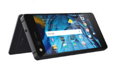 ZTE Axon M llega a España: un smartphone plegable con dos pantallas que se convierte en tablet