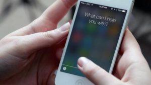 Un error de Siri permite a cualquiera leer tus mensajes de WhatsApp, Messenger, Gmail…