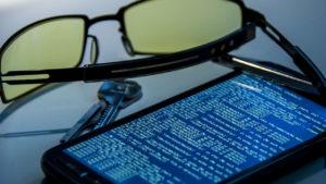 Este virus espía conversaciones de WhatsApp y otros datos de cualquier móvil Android
