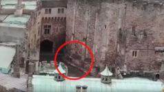 Un dron captura a un jinete fantasma de un castillo del siglo XI