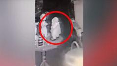 Cazadores de fantasmas graban a una muñeca poseída moviéndose de forma espeluznante
