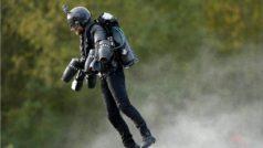 Llega el traje volador: ¿cuántos años deberías ahorrar para comprarlo?